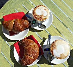 Breakfast time, Cappuccino, Cornetti, Val di Zoldo, Belluno, Dolomiti