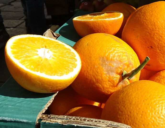 Fresh oranges at an Italian market in Padua, Italy. Spring is here!